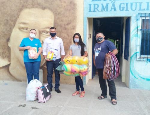Doações de brinquedos, roupas, calçados e livros infantis para as crianças da educação infantil do IIGG, da empresa Regina ternos infantis